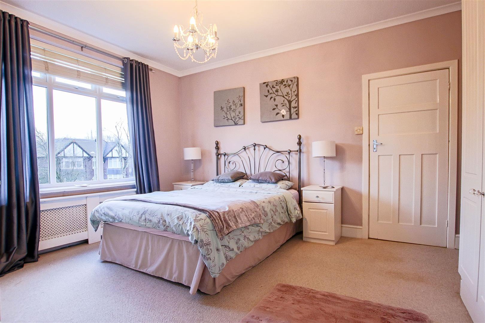 4 Bedroom Detached House For Sale - 18.jpg